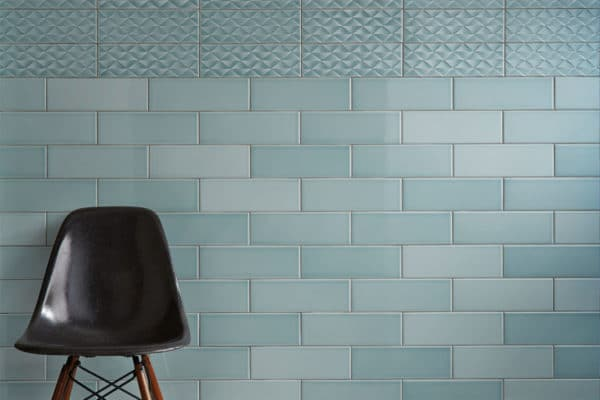 Tiled wall in Johnsons Savoy Leaf, incorporating the decor & plain tile