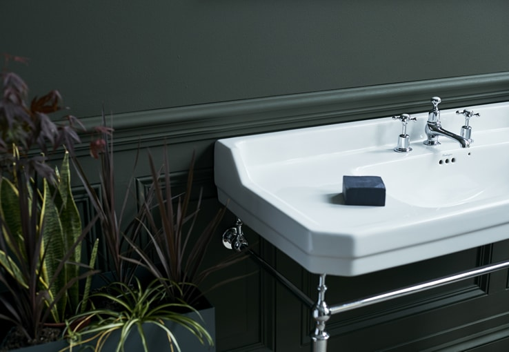 Burlington large wash basin with a chrome wash stand